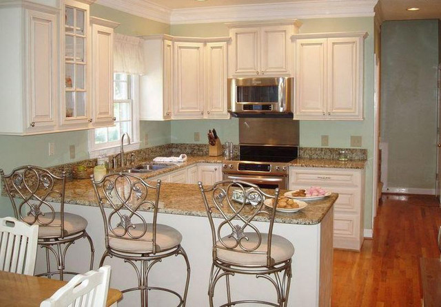 An antique white kitchen cabinet and furniture yes or no for Kitchen designs antique white