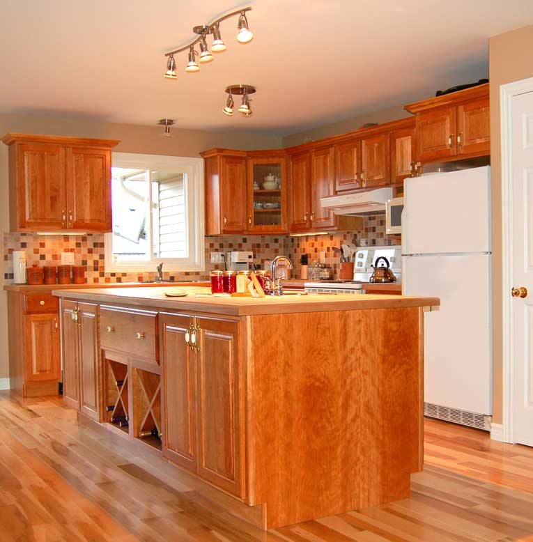 Country Cabinets For Kitchen: How To Opt For Country Kitchen Furniture