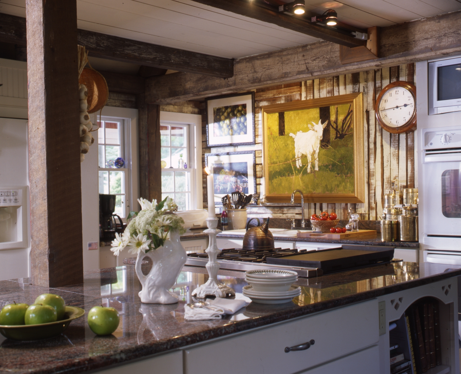 How to opt for country kitchen furniture home and for Country themed kitchen ideas