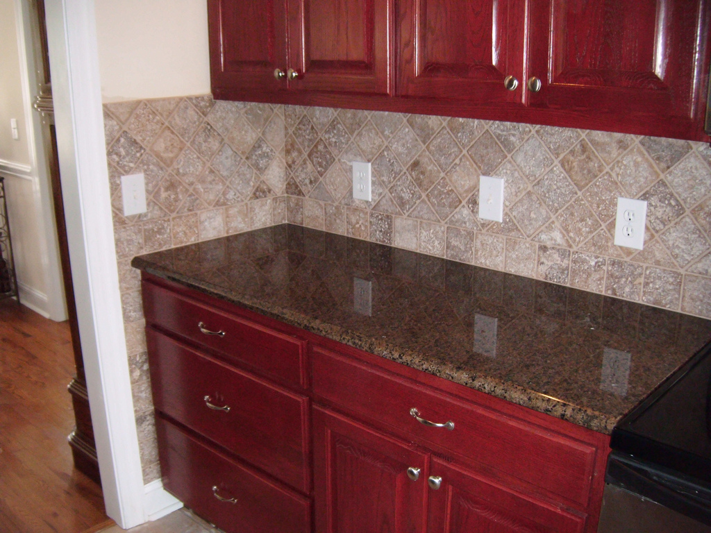 Dark Brown Granite Countertops : How to decorate brown themed kitchen design home and