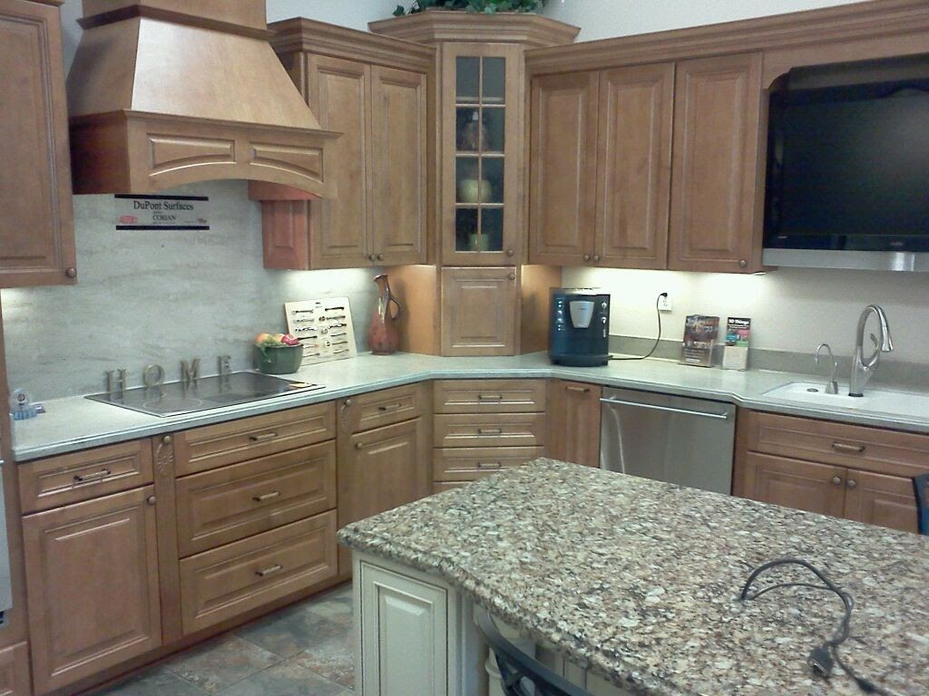 Home depot kitchen cabinets beautiful home depot kitchen for Kitchen cabinets home depot