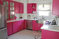 Pink kitchen decor