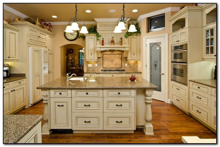 Kitchen cabinet colors ideas for diy design home and for Best white color for kitchen cabinets