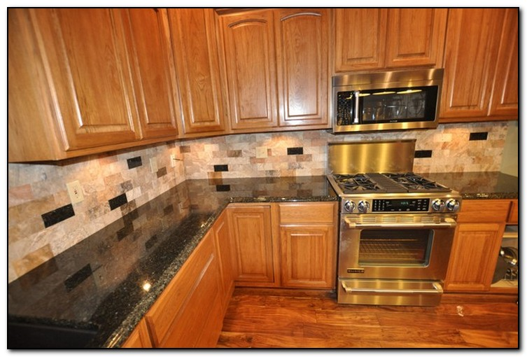 Kitchens With Granite And Backsplash Matching Countertop Matching Kitchen Backsplash Venetian