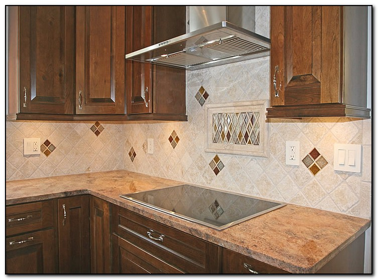A hip kitchen tile backsplash design home and cabinet for Kitchen backsplash tile patterns