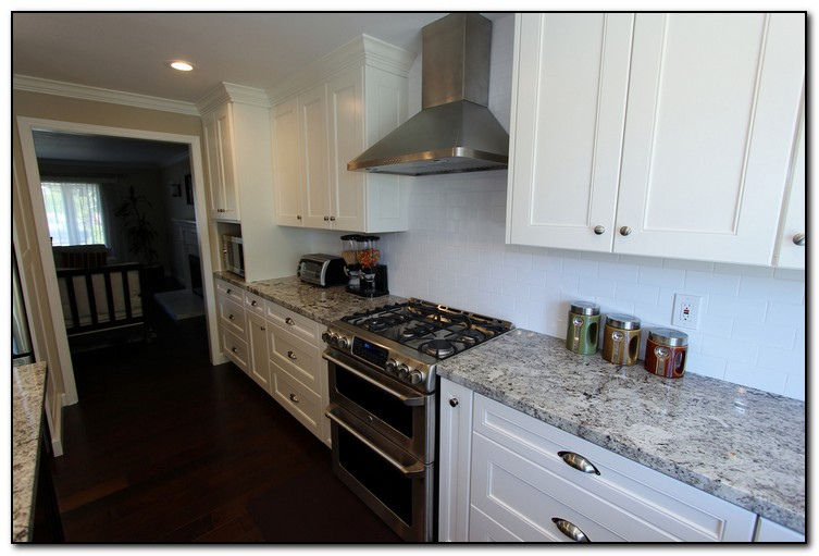 kitchen countertops and backsplash creating the perfect ideas for kitchen countertops and backsplashes