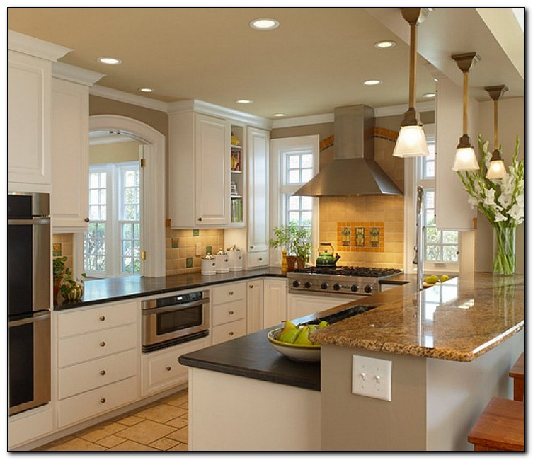 U shaped kitchen design ideas tips home and cabinet reviews for Small kitchen designs 2015