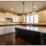 light fixtures over kitchen island