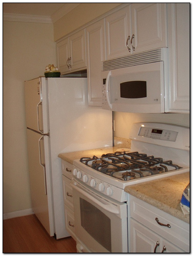 Beautiful lowes kitchen cabinets white home and cabinet for How to set up kitchen cabinets