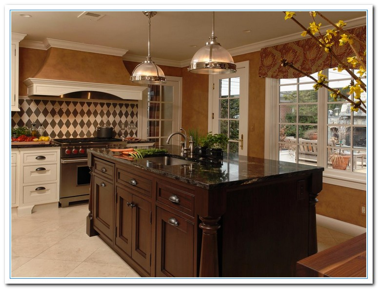 Traditional home kitchens home and cabinet reviews for Traditional kitchen lighting