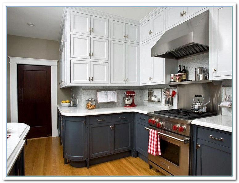 two toned cabinets in kitchen