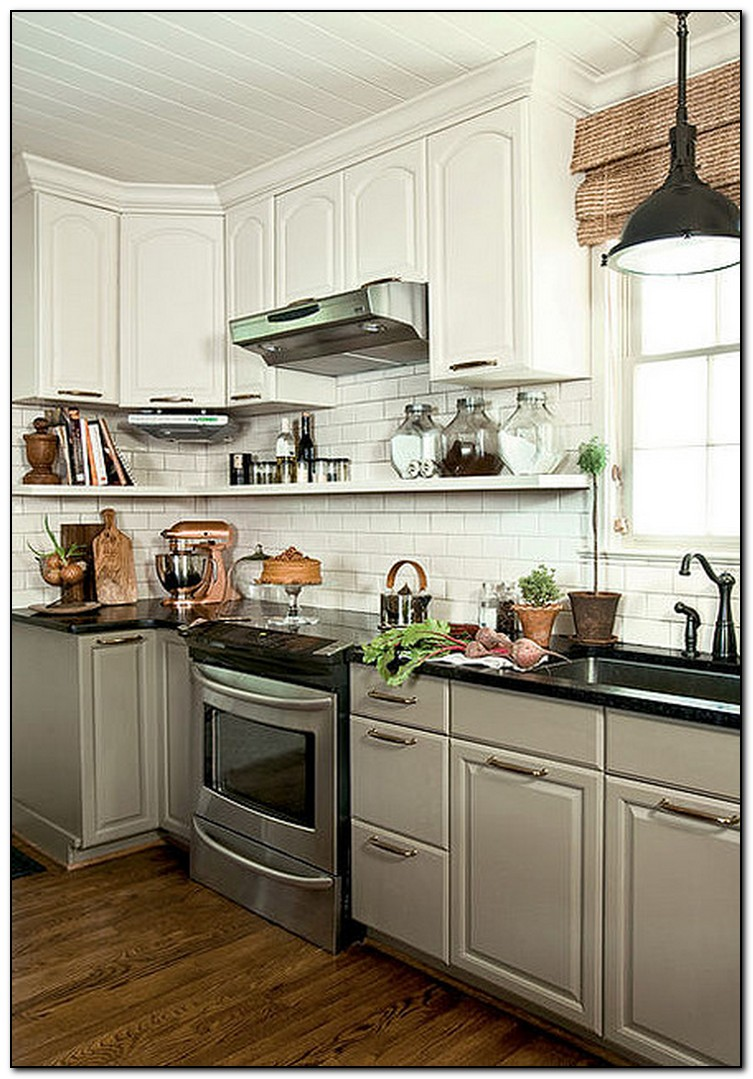 White kitchen cabinets lowes for White kitchen cupboards