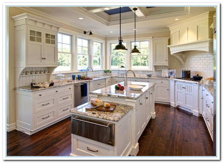 White kitchen cabinets and granite for Kitchen cabinets and countertops ideas