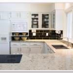 White Kitchen Cabinets Design for Simple Kitchen