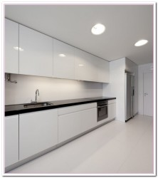 modern kitchens with white cabinets
