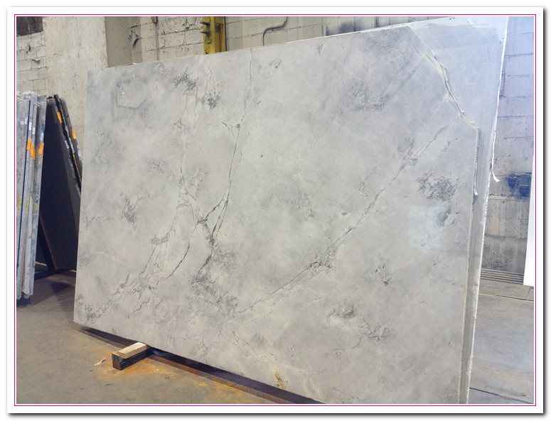 Super White Granite Countertops : Working on white granite countertop for luxury kitchen