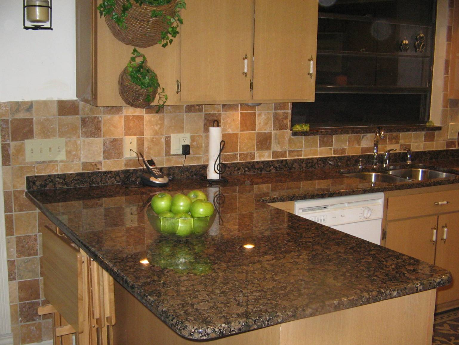 Brown Granite Kitchen Countertops How To Decorate Brown Themed Kitchen Design Home And Cabinet Reviews