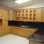 kitchen backsplash ideas with black granite countertops