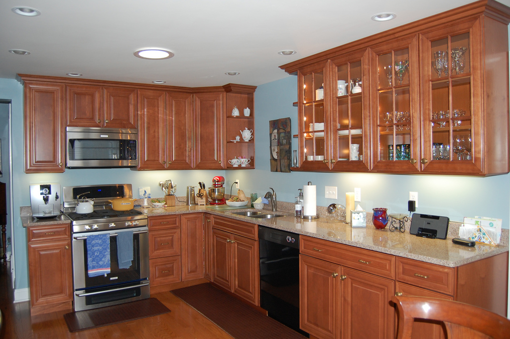 Review on american kitchen cabinets labels home and for Kitchen cabinet makers