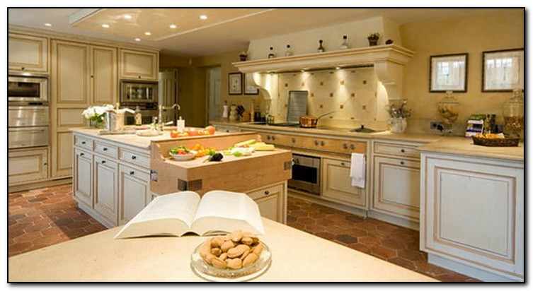 french country kitchen wallpaper what you should about country kitchen design 3632