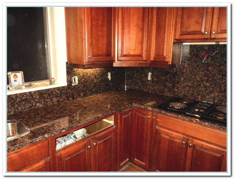 Kitchen Backsplash With Tan Brown Granite