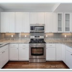 backsplash ideas for white kitchen cabinets