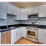 white shaker style kitchen cabinets